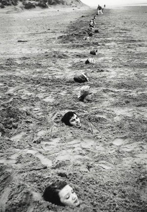 Keith Arnatt, Liverpool Beach Burial, 1968