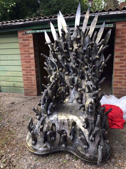 gmae-of-thrones-dildo-throne-500x667